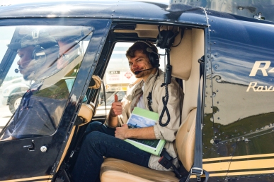 Cass in the R44